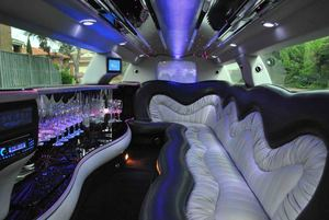 Chrysler 300c Limo Hire Melbourne
